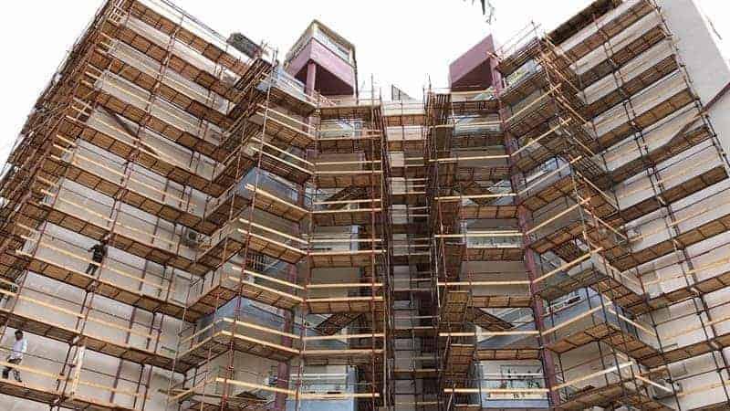 שיפוץ בניינים בגובה